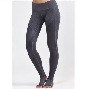 Split 59 Leggings